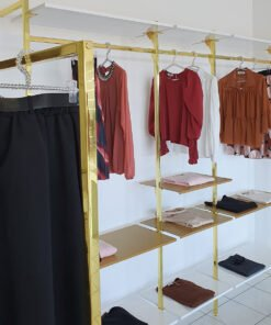 arredamento per negozi abbigliamento